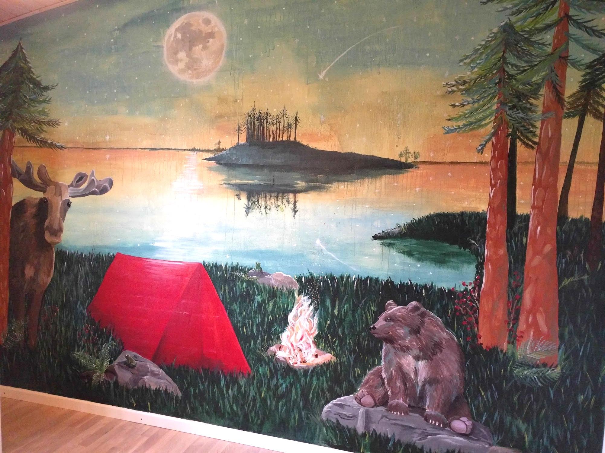 Vægmaleri af skovmotiv til børneværelse